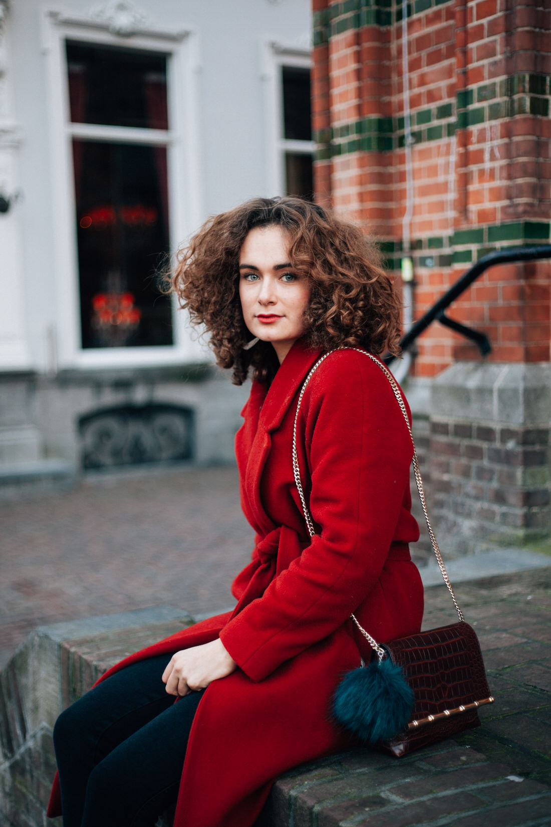 bloggershoot outfit red coat curls