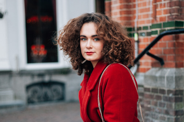 Bloggershoot: Lady in red